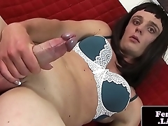 Solo amateur tranny stroking her dick
