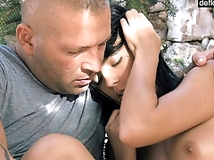 I'_m Mirelle Gauthie and in this video, I lose my virginity