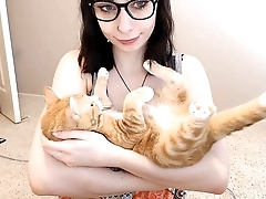 Hot Teen and Her Cat - BasedCams.com