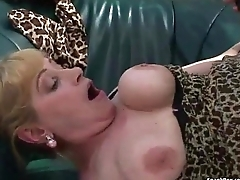 Busty grown-up gets her pussy stuffed