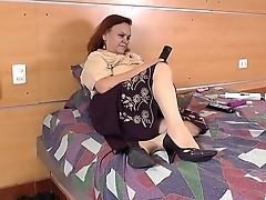 LatinChili Horny Mature Gloria Latin Solo