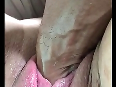 Milf getting deeply fisted