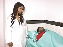 Hot Doctor Bhabhi Romance With Patient www.hellosex.guru