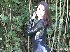Outdoor latex babe Olivias high heels and shiny rubber fetish wear of posing sol
